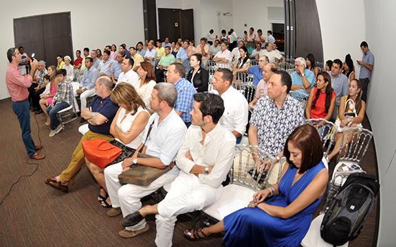 Ipcc y colegio mayor de bol var presentan diplomado rutas for Colegio bolivar y freud