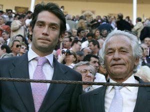 Madrid, 15 de mayo de 2007. Feria de San Isidro en la plaza de toros de Las Ventas. Palomo Linares y su hijo. Foto: IGNACIO GIL.    ...archdc...